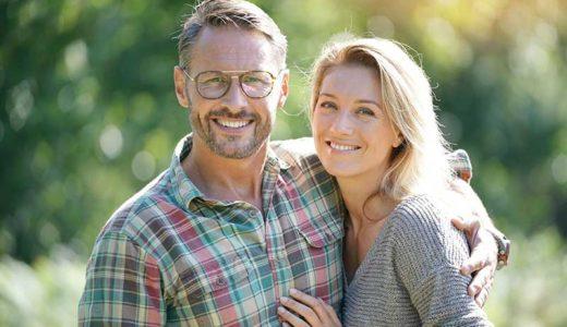 【50代の婚活】再婚するメリットとデメリットを知ろう
